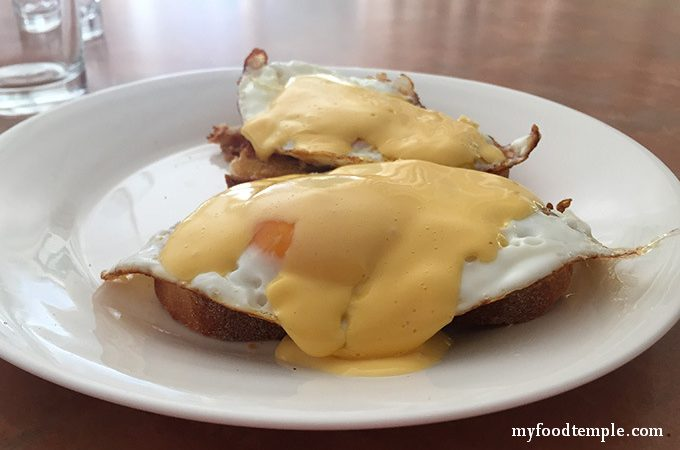 Hollandaise-Sauce-Recipe